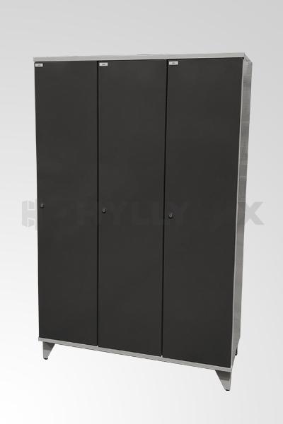 Käytetty 3- ovinen pukukaappi 1900x1200x545mm